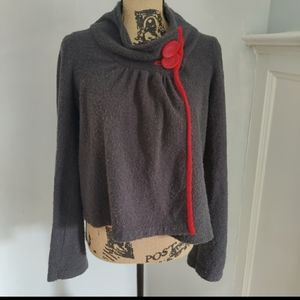 ❣️Small Anthro Sparrow gray & red cowl neck